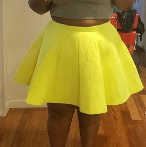 Dresses & Skirts - Neon green skirt💚💚💚